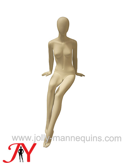 Jolly mannequins-female egghea..