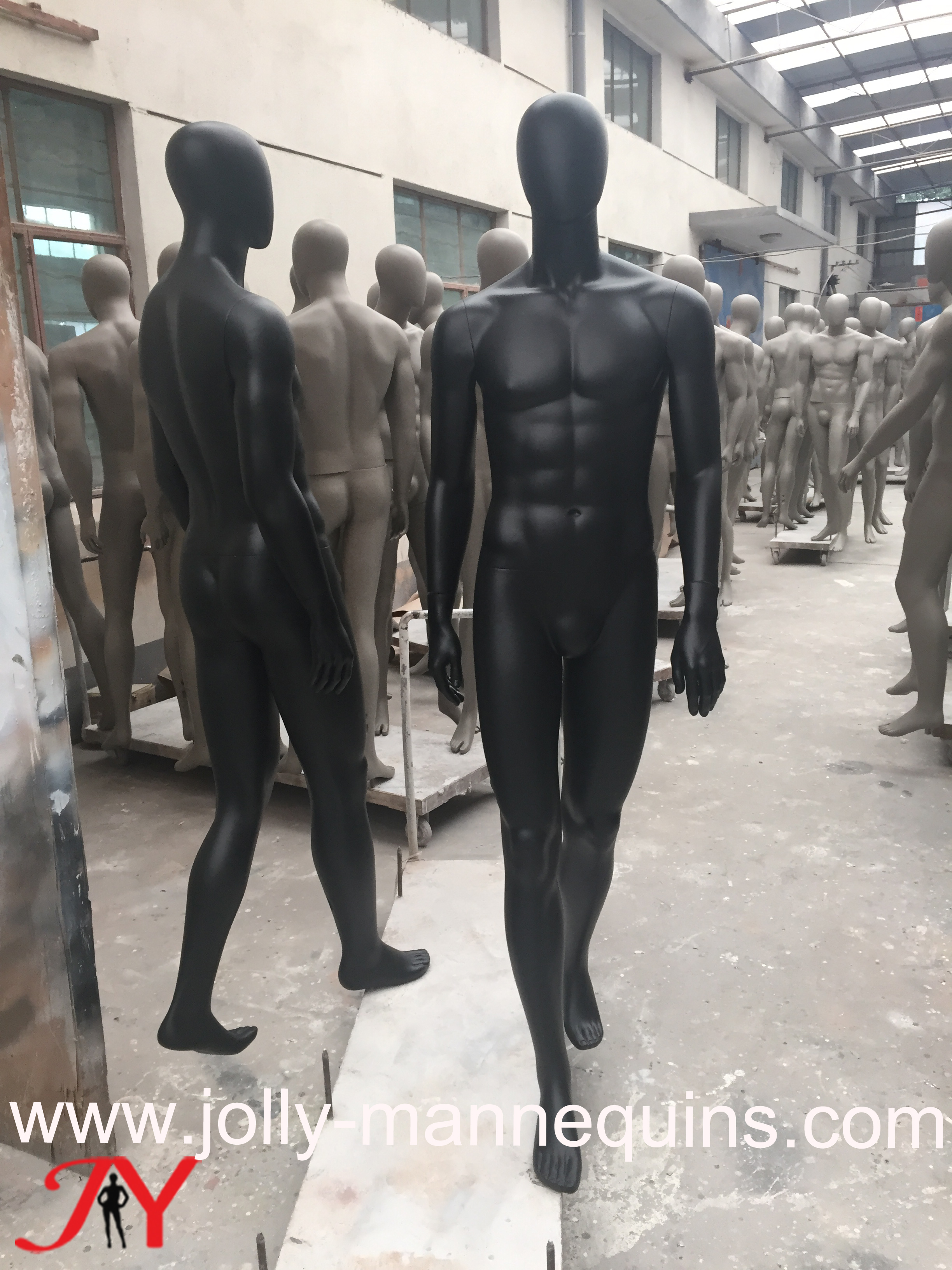 Jolly mannequins-male sport wa..