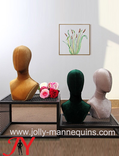 Jolly mannequins-Colored fabri..