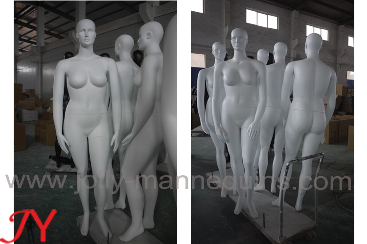 Jolly mannequins female plus size mannequins white matte painted color 10 pieces in stock