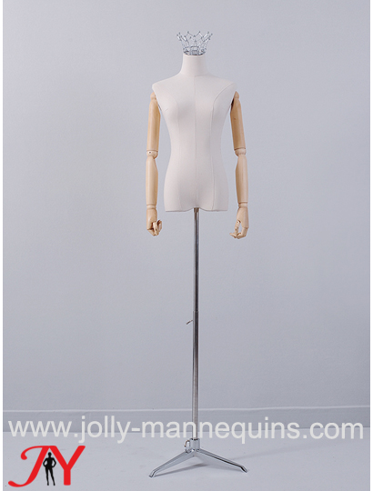 Jolly mannequins silver crown ..