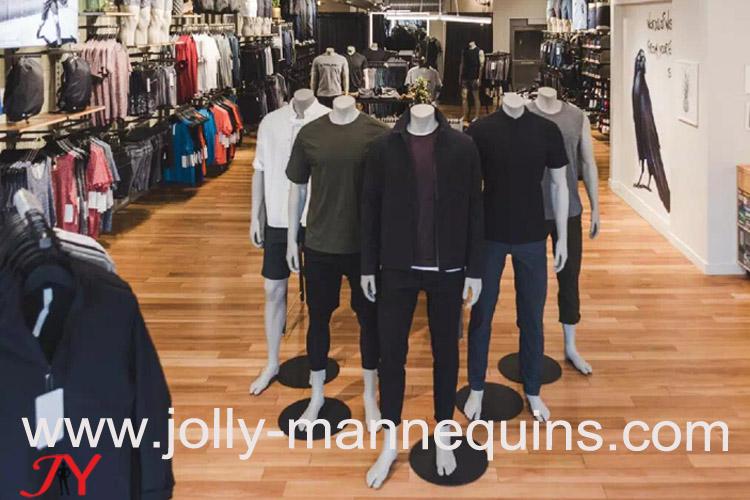 JOLLY MANNEQUINS