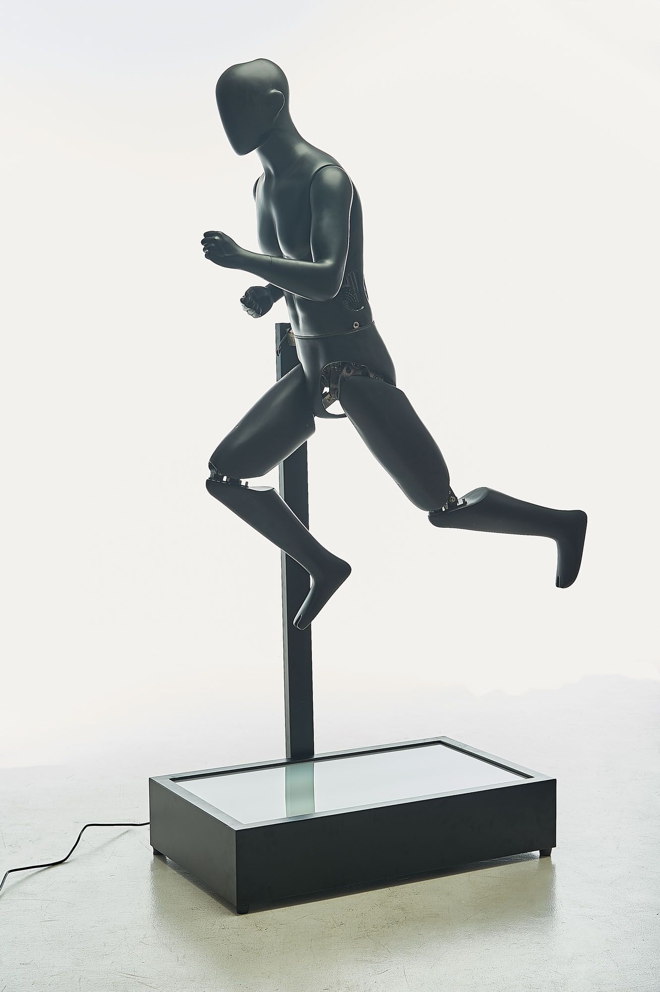 jolly mannequins sport electric running male mannequin