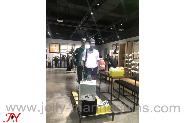 new balance store sports mannequins in xuyi